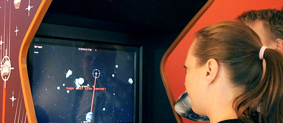 Eye-Asteroids-Worlds-first-eyecontrolled-video